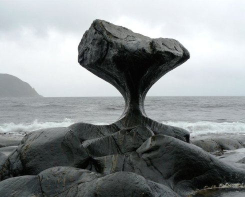 heart-shaped-rock-kannesteinen-rock-norway